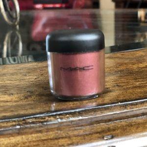 MAC Pigment Heritage Rouge